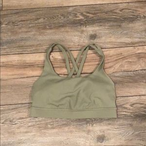 Lululemon Energy bra size 4 in green